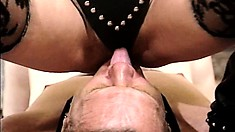 Pamela Payne makes her male pet service her feet with his tongue