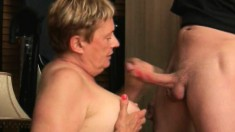 Older bitches know all the tricks behind given a great blowjob
