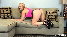 Alexis Texas bends over to show off her amazingly thick butt