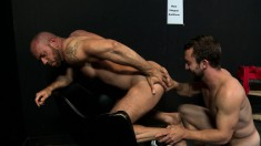 Muscled stud strips his blue briefs for hot oral and anal sex in an audition