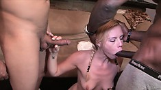 After cock sucking three large schlongs, Tara Lynn Foxx opens her pussy and ass for them